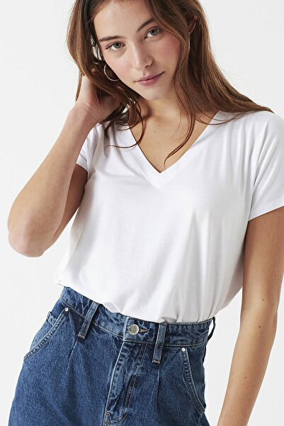Kadın V Yaka Beyaz Basic T-Shirt