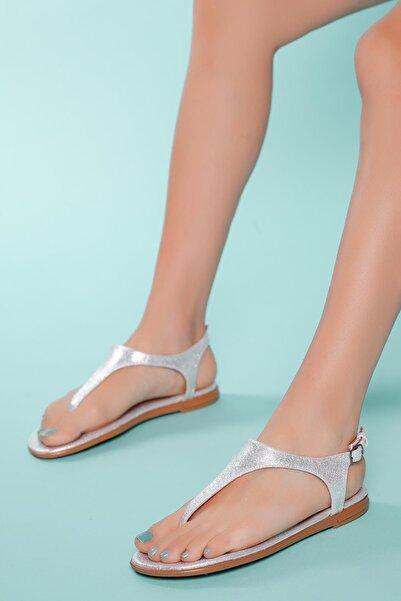 MUGGO Kadın Beyaz Parmak Arası Sandalet Sndlt02