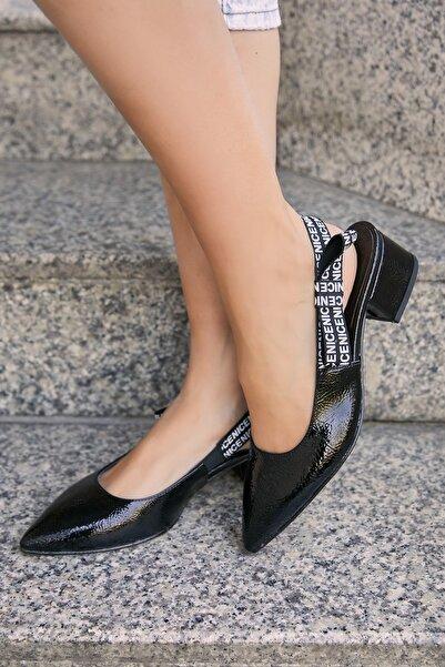 Sateen Kadın Siyah Kirişik Yazı Detaylı Topuklu Ayakkabı Stn876Kay106