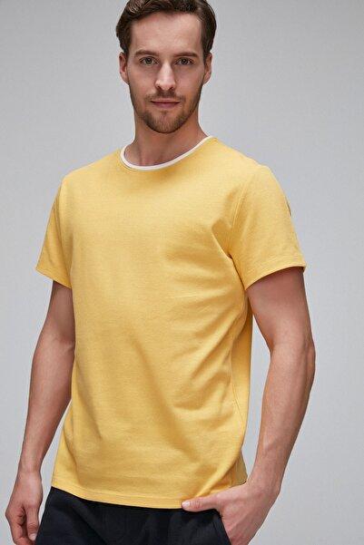 PARKER Yuvarlak Yakalı Çift Yaka Görünümlü Kısa Kollu Waffle Kumaşlı Sarı T-Shirt