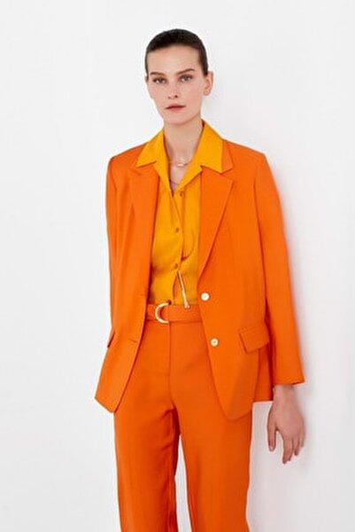 Kadın Turuncu Sırt Detaylı Ceket IS1200005138162