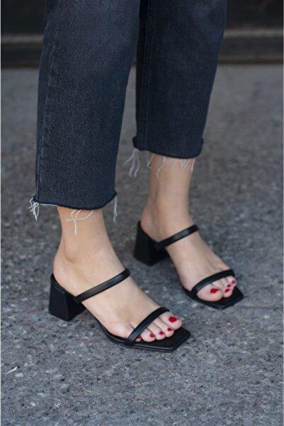 STRASWANS Kadın Siyah Topuklu Deri Sandalet