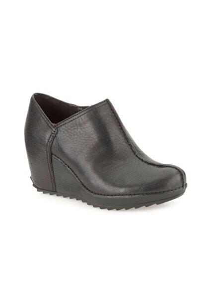 CLARKS Kadın Siyah Essentıalcake Dolgu Topuk Ayakkabı
