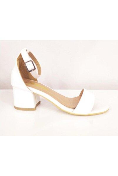 PUNTO Kadın Beyaz Kalın Topuklu Ayakkabı