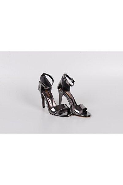 PUNTO Kadın Gümüş Tek Bant Topuklu Ayakkabı