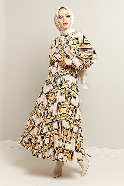 TUBA MUTİOĞLU Zincir Desenli Beli Lastikli Elbise Krem Standart Beden
