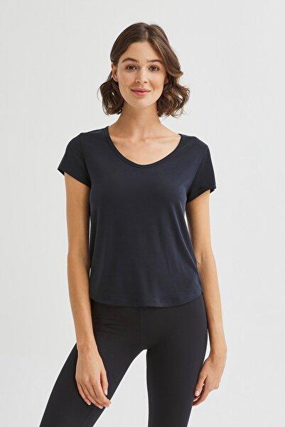 Penti Siyah Sırtı Detaylı Cupro Tişört