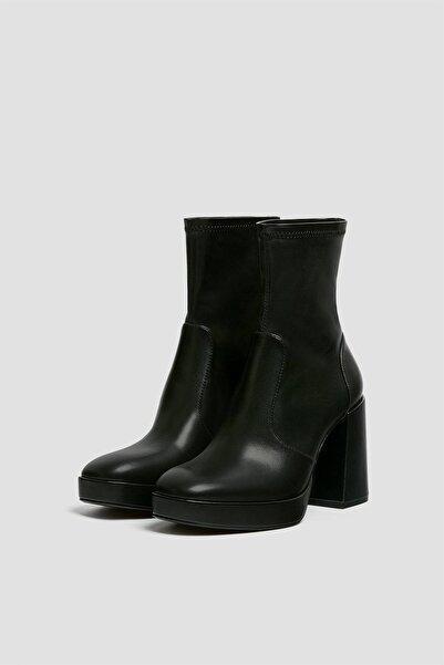 Pull & Bear Kadın  Siyah Uzun Topuklu Streç Çorap Model Bot 11127740