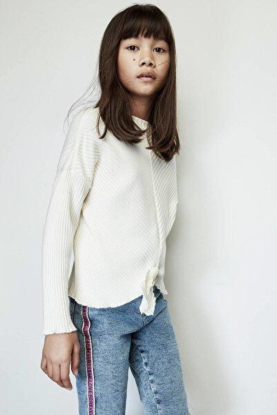 Tyess Kız Çocuk Beyaz Kazak