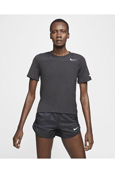 Nike Icon Clash Running Kadın Tshirt Cj2431-010