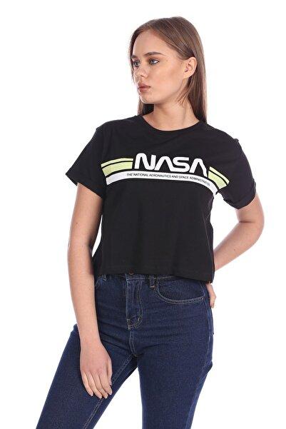 BARRELS AND OIL Basic Nasa Baskılı T-shirt-siyah