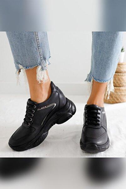 Limoya Elisabeth Siyah Platin Detaylı Bağcıklı Gizli Topuklu Sneakers