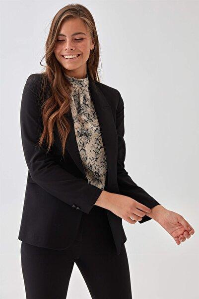 Chima Kadın Siyah Tek Düğme Ceket