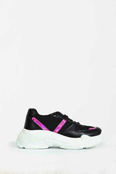 Collezione Kadın Kırmızı Regular Ayakkabı Octan UCB230638A17