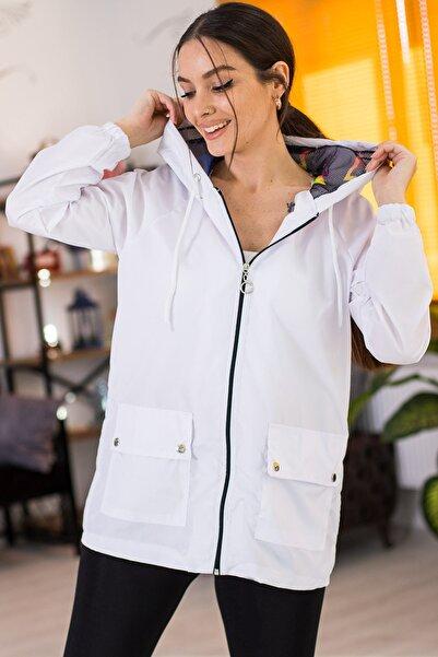 armonika Kadın Beyaz Cepleri Çıt Çıtlı Fermuarlı  Astarsız Yağmurluk ARM-21K055002