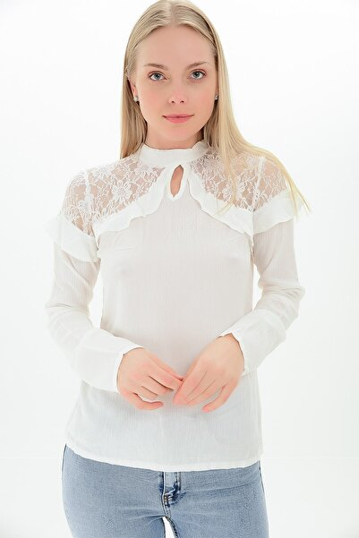 Cotton Mood 9109329 Şile Bezi Omuzları Dantelli Tül Fırfırlı Bluz Ekru