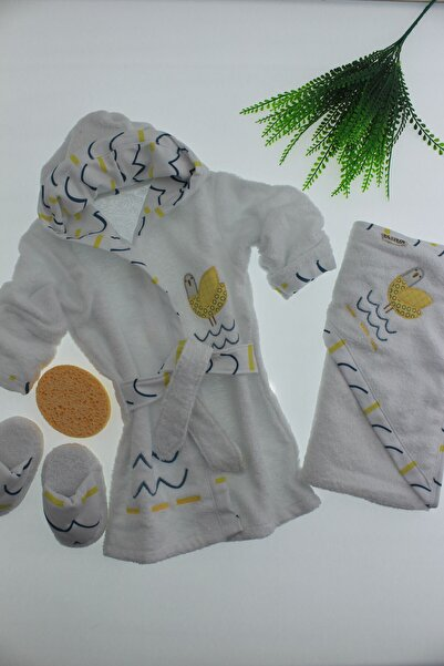 Bebitof Baby Kuş Aplikeli 4'lü Bornoz Seti