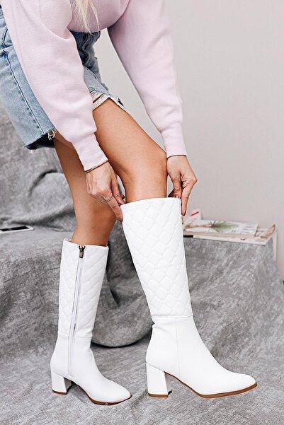 Limoya Heather Beyaz Kapitone Cilt Fermuarlı Topuklu Çizme