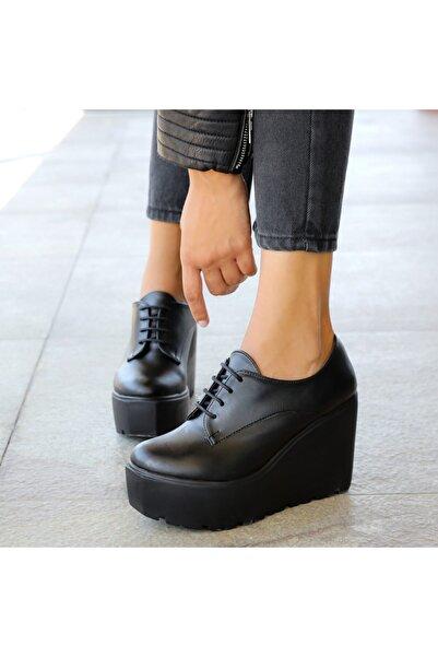 Ayakkabı Delisiyim Revel Siyah Bağcıklı Kalın Tabanlı Ayakkabı