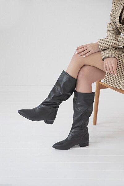 STRASWANS Marquez Kadın Sivri Burun Detay Deri Çizme Siyah