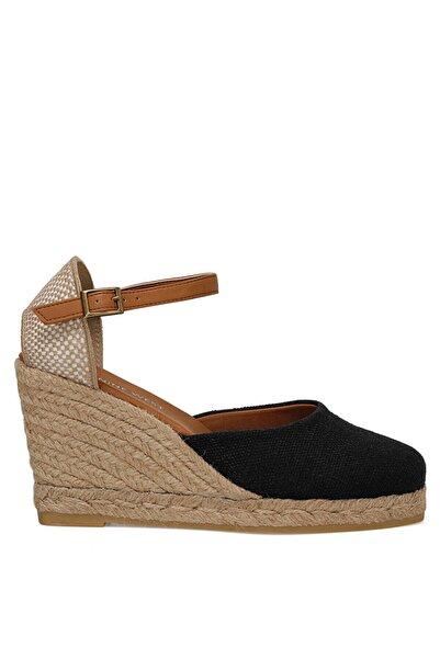Nine West Artemısıa Siyah Kadın Dolgu Topuk Sandalet