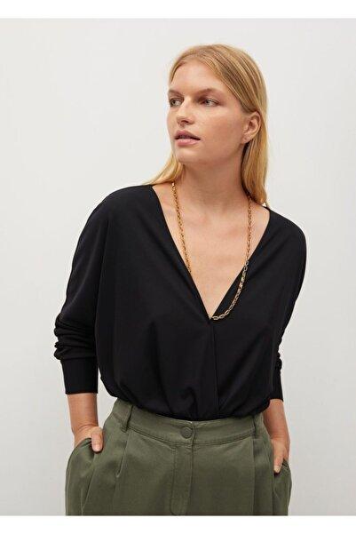 Violeta by MANGO Kadın Siyah Anvelop V Yakalı Tişört