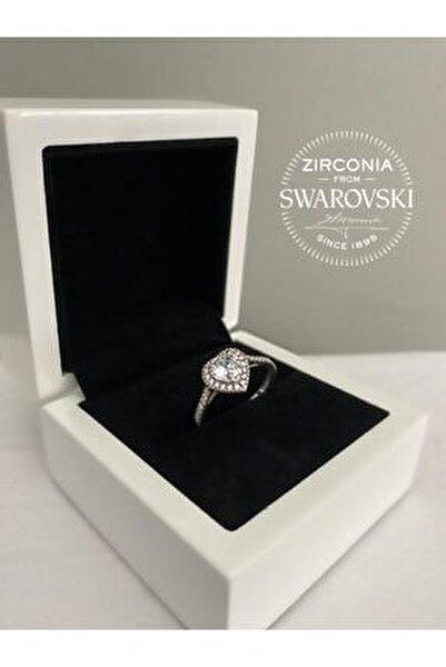 Kadın Swarovski Taşlı Kalpli Gümüş Yüzük