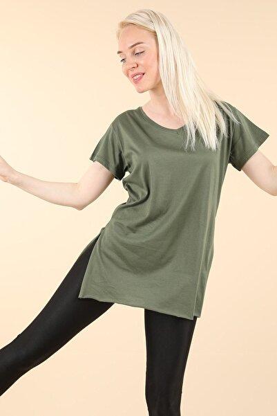 Oblavion Yeşil Yırtmaçlı V Yaka T-shirt