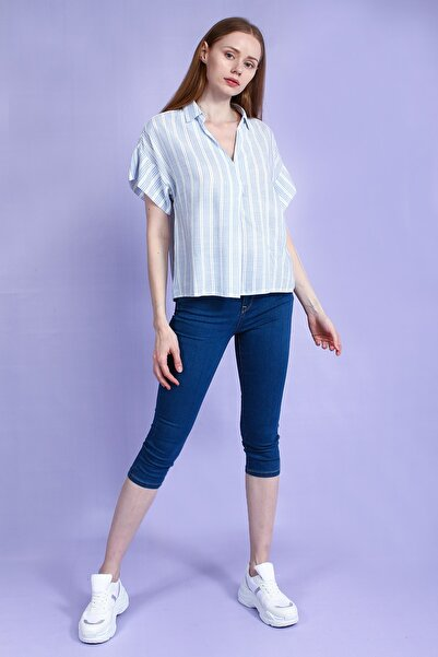 Collezione Buz Mavisi Önü V Kesim Çizgili Kısa Kol Kadın Bluz