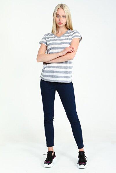 Collezione Grimelanj V Yakalı Kısa Kollu Çizgili Kadın Tshirt