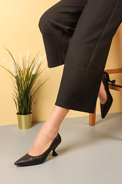 Gökhan Talay Siyah Topuklu Kadın Ayakkabı