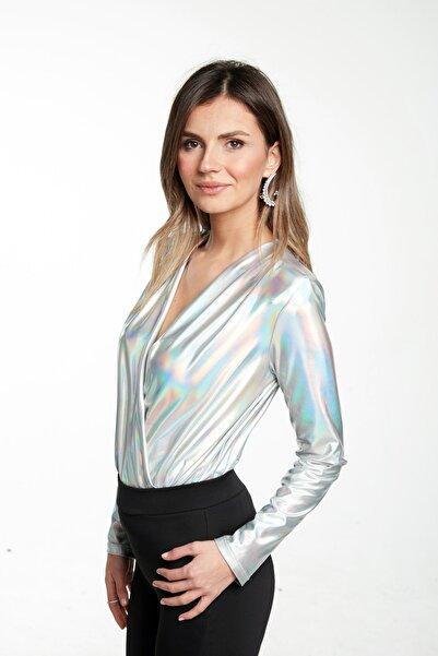 All the More Gümüş Neon Parlak Kruvaze Body - Bluz