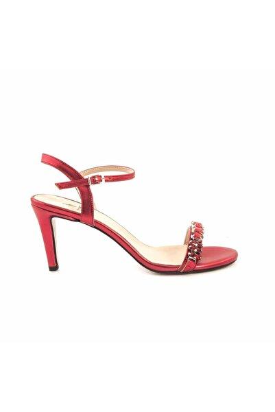 KEMAL TANCA Kadın Kırmızı Klasik Topuklu Ayakkabı