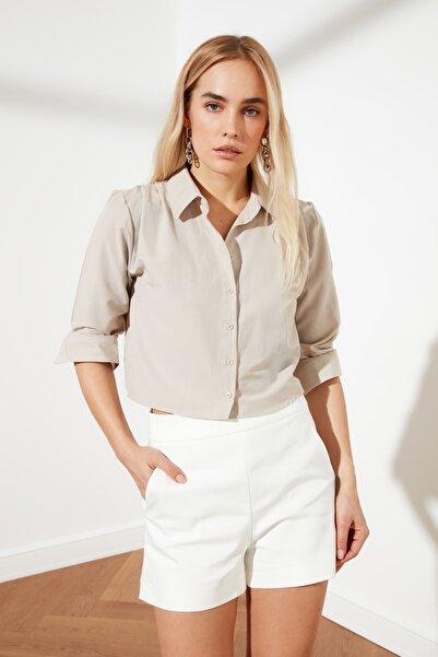 TRENDYOLMİLLA Taş Omuz Detaylı Gömlek TWOSS21GO0067