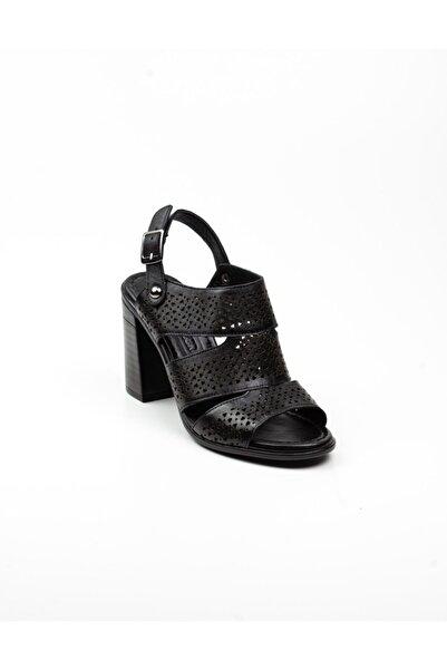 Bulldozer Kadın Siyah Topuklu Sandalet