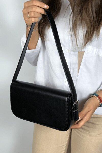 LinaConcept Kadın Siyah Kapaklı Baget Çanta