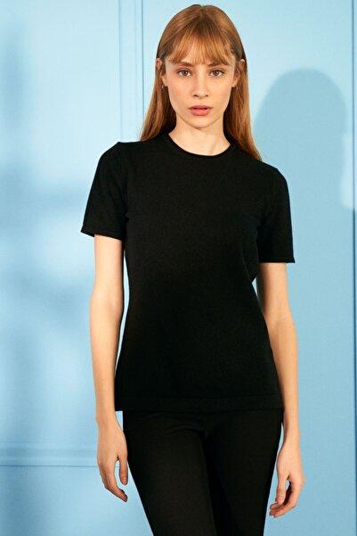 Silk and Cashmere Kadın Siyah Saf Kaşmir Basic Yuvarlak Yaka Kısa Kollu T-Shirt