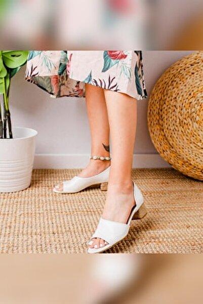 Kacie Beyaz Alçak Hasır Topuklu Sandalet