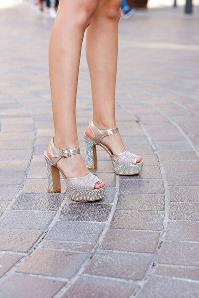 Gelinlik Ayakkabıcım 13 Cm Çapraz Bant Topuklu Sindirella Ayakkabı
