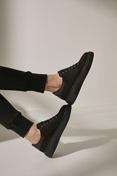 Yaya  by Hotiç Siyah Kadın Sneaker 01AYY200170A100
