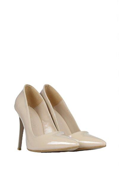 PUNTO Kadın Bej Rugan Günlük Topuklu Ayakkabı 553006