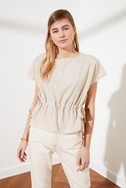 Taş Bağlama Detaylı Bluz TWOSS21BZ0185