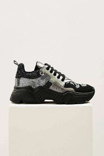 Mio Gusto Kadın Gri Morgan Kurşun Renkli Sneaker