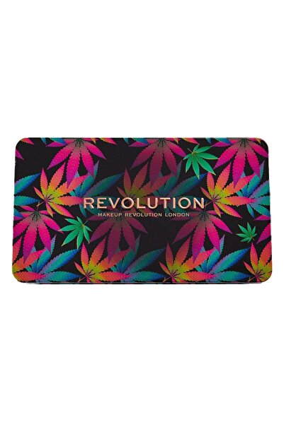 MAKEUP REVOLUTION Far Paleti Forever Flawless Chilled With  Sativa