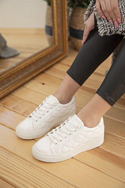 STRASWANS Kadın Beyaz Kapitone Rugan Spor Ayakkabı