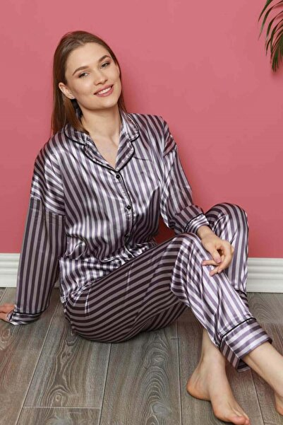 Mossta Çizgili Düğmeli Saten Pijama Takımı
