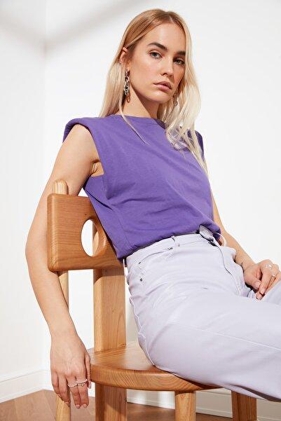 TRENDYOLMİLLA Lila Vatkalı Crop Örme T-Shirt TWOSS21TS0379