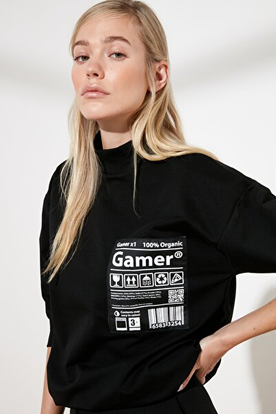 TRENDYOLMİLLA Siyah Baskılı Örme Sweatshirt TWOSS21SW0073