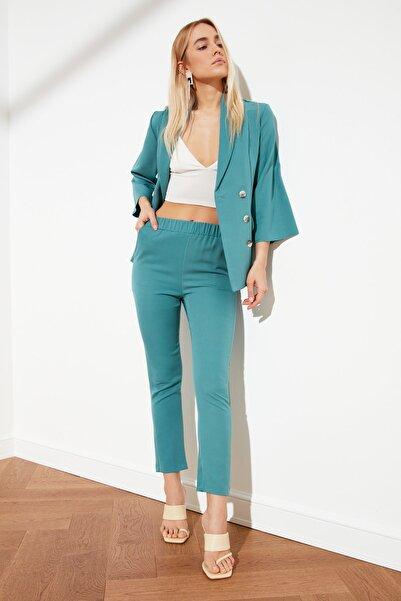 TRENDYOLMİLLA Yeşil Jogger Bel Detaylı Pantolon TWOSS21PL0091
