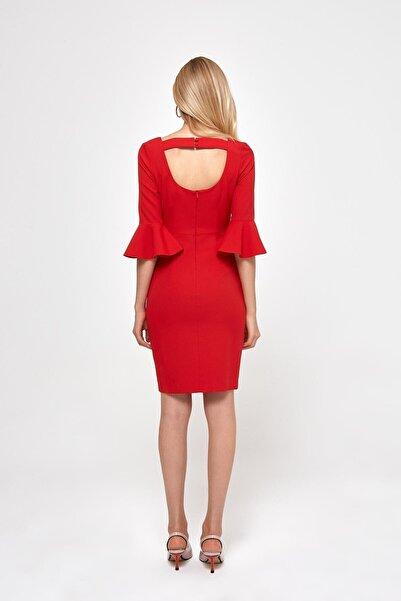 RANDOM Kadın Kolları Fırfır Detaylı Sırtı Dekolteli Mini Elbise %85 Polyester %15 Elastane